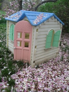 playhouse with magnolias weblog